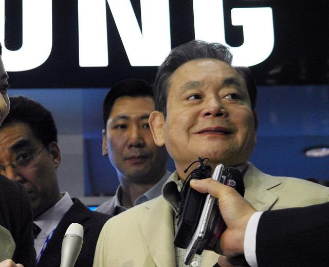 33년 동안 삼성의 수장을 맡아 온 이건희 삼성전자 회장이 남긴 발자취와 노력은 오늘날 삼성그룹을 매출 400조 원 규모의 글로벌 기업으로 만든 원동력이 됐다. /삼성 제공