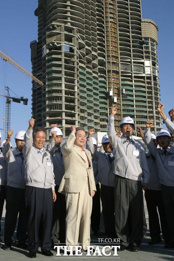 2006년 두바이 찾은 이건희 회장. /삼성전자 제공