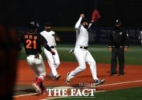 [TF사진관] '연예인 야구 시즌이 돌아왔다!' 2020 고양-한스타 SBO 대회 개막