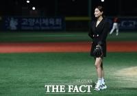 [TF포토] 김양, '어떤 공을 던질까요?'