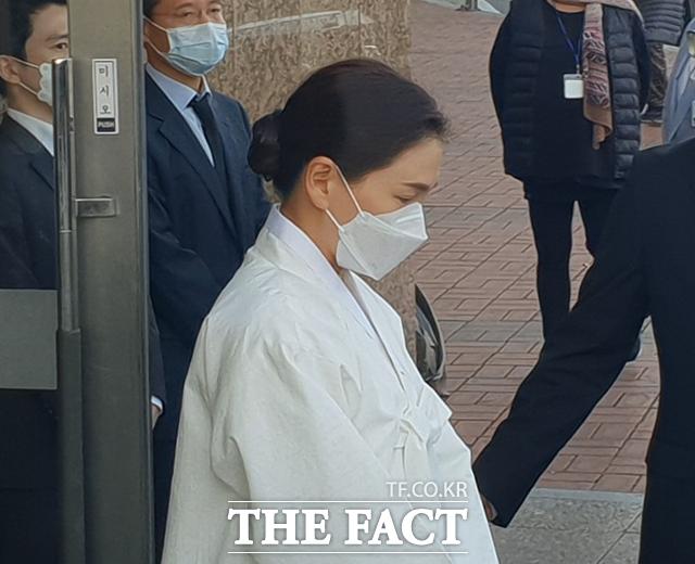 이서현 삼성복지재단 이사장이 영결식 참석을 위해 이동하고 있다. /이한림 기자