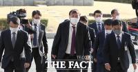 [TF포토] 대전고검·지검 방문한 윤석열