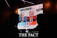 [TF사진관] 트럼프-바이든, 미대선 엎치락 뒤치락… '유권자의 선택은?'