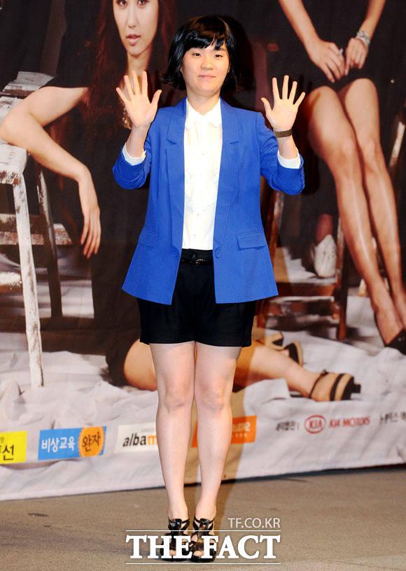 2011년 MBC시트콤 하이킥! 짧은 다리의 역습 제작발표회에 참석한 박지선.