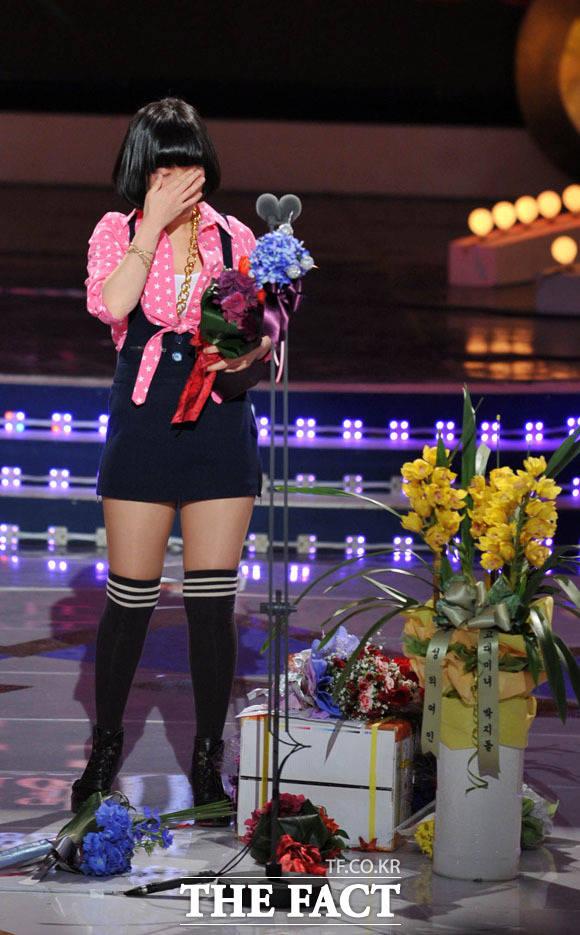 2008 KBS 연예대상 시상식 코미디 부문 우수상을 수상한 박지선.