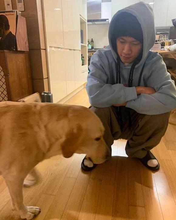 크러쉬가 입대 전날인 11일 팬들에게 인사를 전하며 일상 사진을 공개했다. /크러쉬 SNS