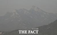 [TF포토] 미세먼지로 인해 흐릿해진 북한산
