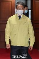 [TF포토] 중대본 회의 참석한 박능후 장관