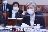 [TF이슈] 강경화, '여성 장관' 어려움 토로…이번에도 유임?