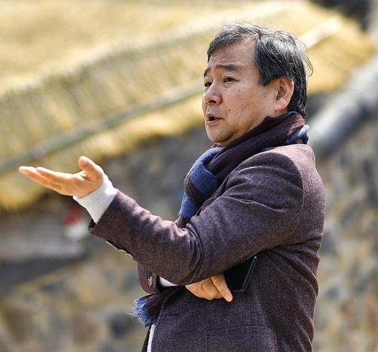 이상훈 작가는 1987년 KBS 공채 14기 PD로 입사해 많은 히트 프로그램을 연출했다. SBS 개국과 함께 적을 옮겨 다수 예능 프로그램과 시트콤을 기획, 연출했다. /도서출판 파람북 제공