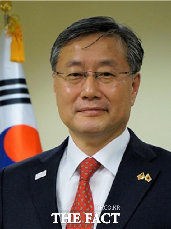 문재인 대통령은 27일 청와대 외교정책비서관에 김용현(사진) 전 보스턴 총영사를 임명했다고 강민석 청와대 대변인이 밝혔다. /청와대 제공