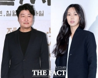 김민희·송강호, '21세기 최고 배우'로 선정…연기 극찬