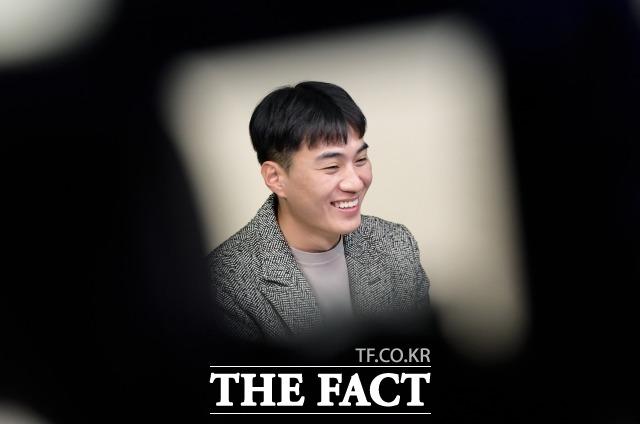박유성 씨는 만약 북한에 남아있었더라면 어떤 모습일 것 같으냐는 질문에 군대에서 갓 제대를 했을 것 같다면서 그 이후엔 내가 하고 싶은 일보다 직업을 국가에서 정해줬기 때문에 아버지처럼 직장에서 노동자로 일을 하지 않았을까 싶다고 말했다. /이선화 기자