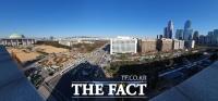 [TF포토] '집회 대비' 국회 둘러싼 경찰 차벽