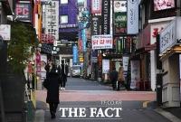[TF사진관] 거리두기 2.5단계 앞둔 강남역 골목은 '썰렁~'