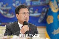 [허주열의 정진기(政診器)] '코로나19 백신 정치' 키운 당·정·청 엇박자
