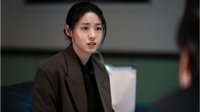 김설현은 낮과 밤에서 열혈 경찰 공혜원 역에 분해 시청자를 만나고 있다. /tvN 제공