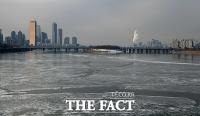 [TF사진관] 최강 한파에 한강·낙동강 꽁꽁... 계속되는 겨울왕국