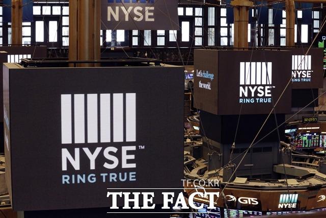 11일(현지시간) 뉴욕증권거래소(NYSE)에서 다우존스 30 산업평균지수는 전장대비 89.28포인트(-0.29%) 하락한 3만1008.69에 거래를 마쳤다. /AP.뉴시스