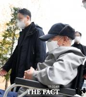 신천지 이만희, 코로나 방역방해 '무죄'…이재명 폐쇄조치 '위법' 묘한 여운(종합2보)
