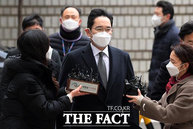 '이재용 법적 구속'삼성과 금융계 '충격'… '한국 경제의 악영향'