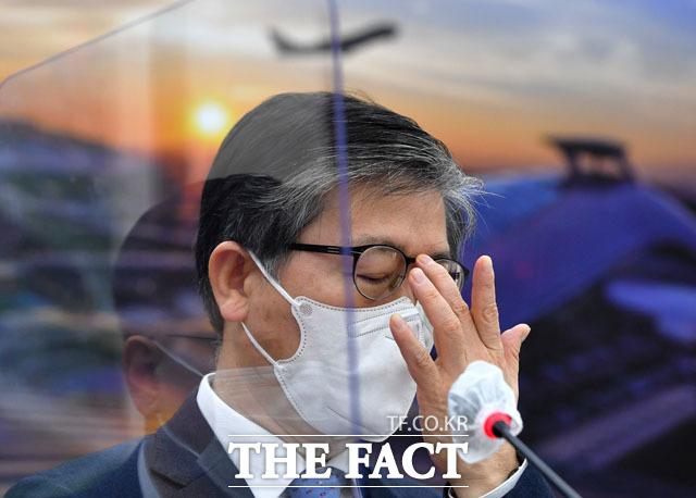 변창흠, 가덕도신공항 추진에 대해 국무총리실 산하 김해신공항 검증위원회의 의견을 명확히 해석해야 입장을 결정할 수 있는데... 입장 표명하기 어렵다