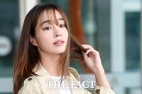 이민정, 데뷔 첫 예능 MC 도전…tvN '업글인간' 고정 발탁