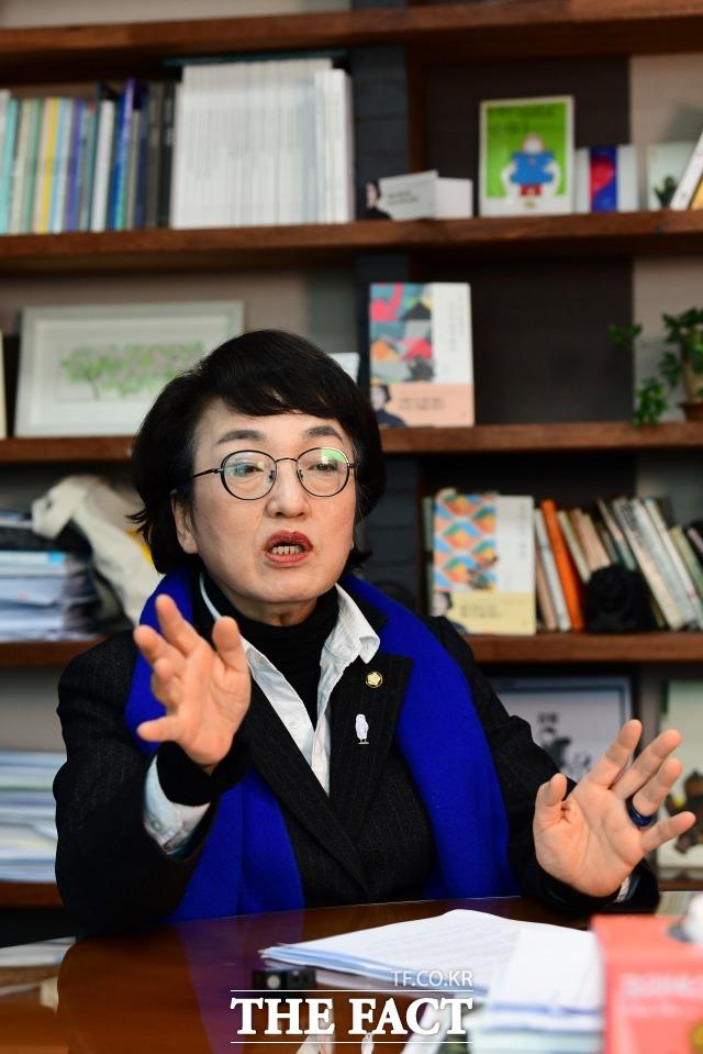 김 의원은 더불어민주당 박영선·우상호 예비후보의 주거안정 정책을 강도 높게 비판했다. /남윤호 기자