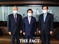 박병석, 이낙연·김종인과 회동…추경 적기에 처리하기로