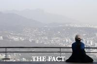 중국발 황사 영향, '잿빛으로 물든 서울 도심 [TF사진관]