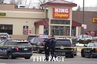 애틀랜타 이어 또 총격, 콜로라도 식료품점 총기 난사 참사 [TF사진관]