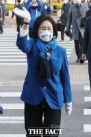 공식선거운동 첫날, '정치 고향' 구로 찾은 박영선 [TF사진관]