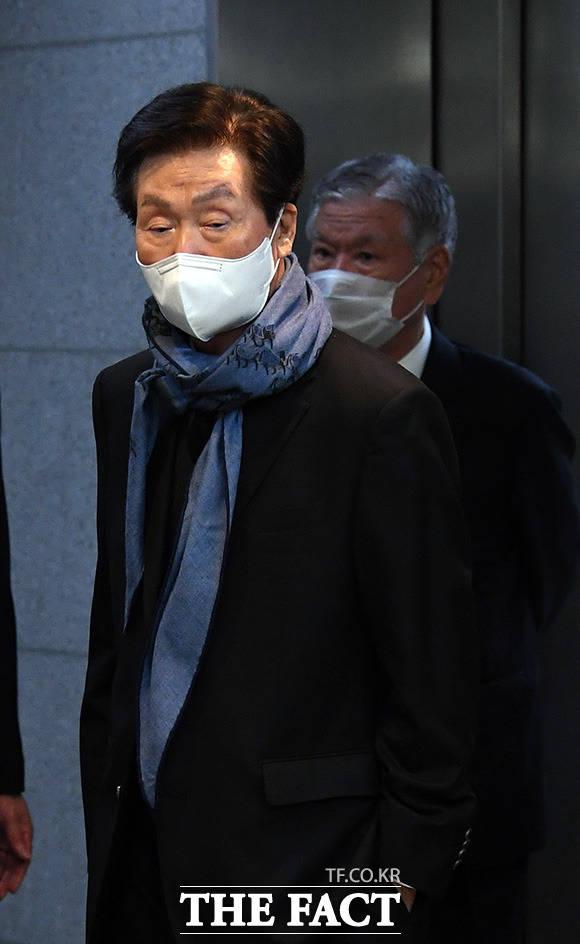 고 신춘호 회장의 동생 신준호 푸르밀 회장.