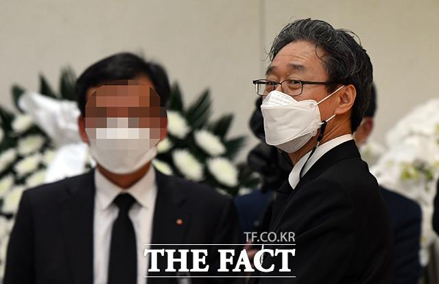고 신춘호 회장의 둘째 아들 신동윤 율촌화학 부회장.