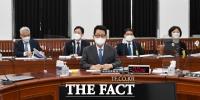 국정원, 정보위원회 업무보고 [포토]