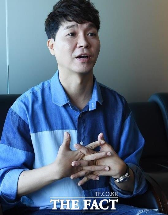 박수홍 형, '1993 년생 여자 친구 때문에 갈등이 시작됐다'-엔터테인먼트> 기사