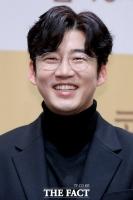 윤계상, 정웅인·김상호와 한솥밥…저스트엔터 전속계약 체결