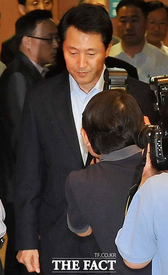 오 시장은 2011년 무상급식에 반대하며 강행한 주민투표가 무산된 뒤 시장직에서 스스로 물러났다. /문병희 기자