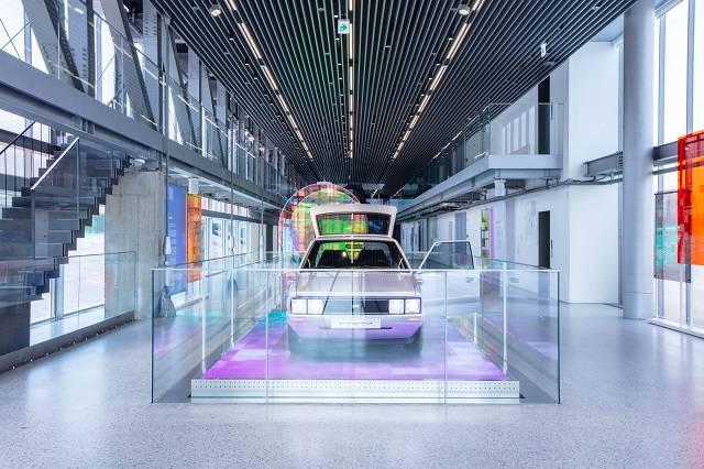 현대모터스튜디오 부산은 양산차량은 전시되지 않는다. 현대차는 전시작품과 연계해 현대차의 미래 비전을 보여주는 콘셉트카, 아트 콜라보레이션 차량만 전시된다. /현대차 제공