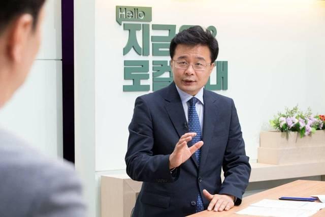 김우영 정무부시장은 7일 사표를 제출했다. /김우영 SNS