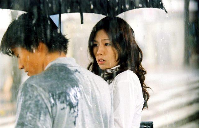 배우 이병헌과 故이은주 주연의 영화 번지점프를 하다는 지난 7일 개봉했다. /영화 스틸컷