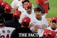 '역전에 성공!'…SSG, 'KT를 4대 2로 누르고 승리' [TF사진관]
