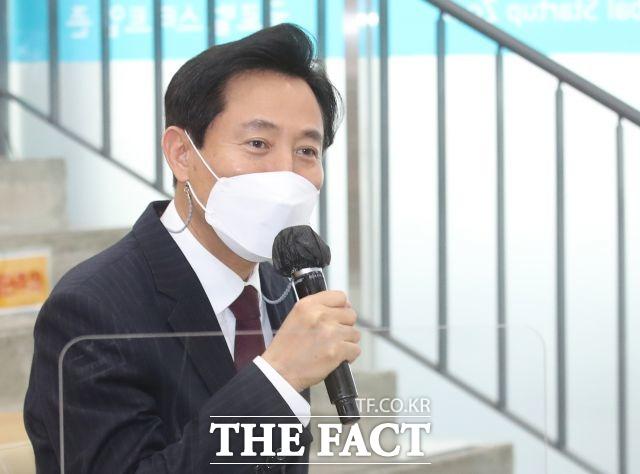 오세훈 서울시장이 유치원 무상급식을 추진하겠다는 입장을 밝혔다. /이동률 기자