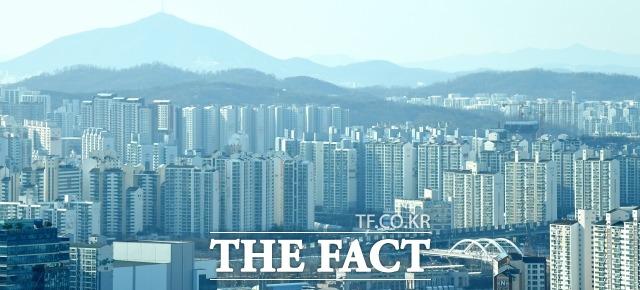 수도권 아파트 매물, 종부세 인상 예고에도 감소세