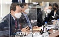 상장사 CEO 간담회 참석한 정세균 [포토]