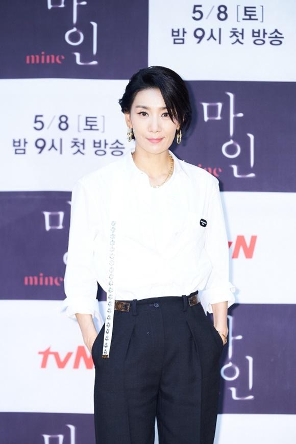 김서형은 마인에서는 전작들에서 볼 수 없는 것들을 쏟아내고 있다고 말했다. /tvN 제공