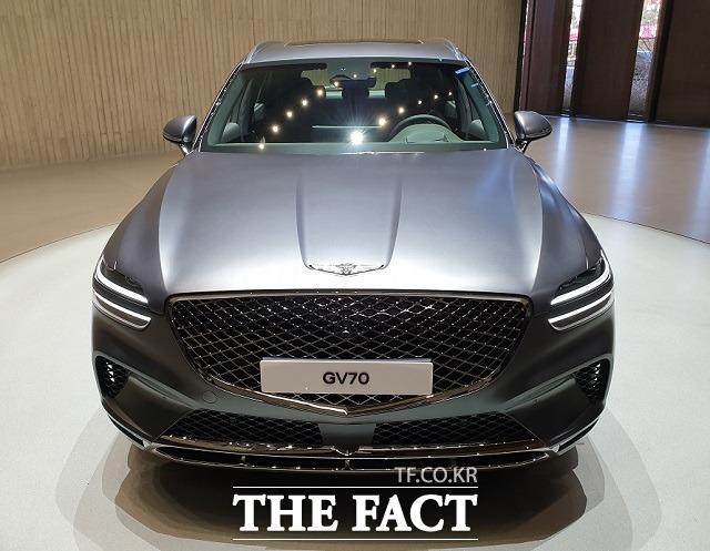 제네시스는 2020년 GV80에 이어 12월에 두번째 SUV 모델 GV70, 지난달 G80전동화 모델을 연이어 선보이는 등 라인업을 꾸준히 확대하고 있다. /더팩트 DB