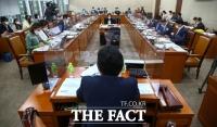'수술실 CCTV 의무화' 논의하는 국회[TF사진관]