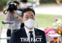 '문재인 정부 마지막 검찰총장' 김오수, 대검찰청 첫 출근 [TF사진관]