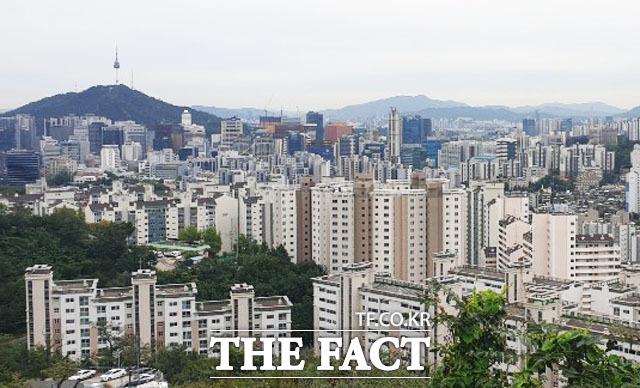아파트 청약 경쟁률 낮아졌지만…가점 커트라인 더 올랐다